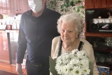 Ветеран Великой Отечественной войны Александра Иосифовна Алферьева отпраздновала свой 94-й день рождения