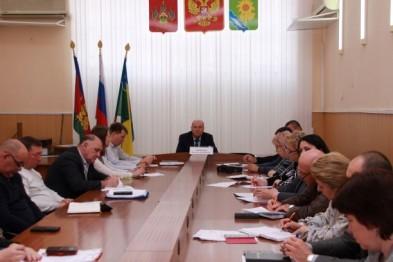 В администрации Ейского района обсудили вопросы, связанные с развитием малых форм хозяйствования