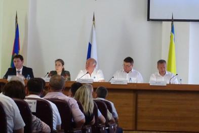 Депутаты райсовета на совещании по курортам подняли вопрос о дорогах на косе Долгой