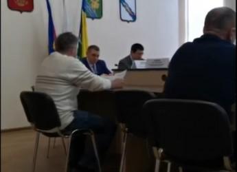 Городские  депутаты отклонили протест прокурора
