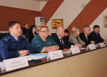 Ейский прокурор Сергей Чикаров высказал замечания в работе правоохранительных органах