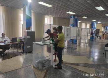 На 15 часов в первый день досрочного голосования в Ейском районе явка составила более 12% населения