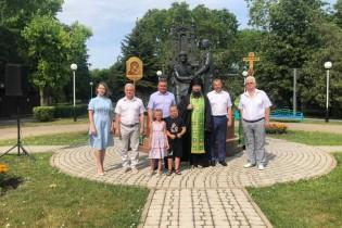 Сегодня, в день памяти покровителей православного брака Петра и Февронии в нашей стране отмечают День семьи, любви и верности