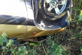 Рассыпанная на дороге пшеница в Ейском районе привела к ДТП