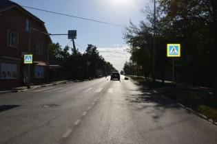 В Ейске на пешеходном переходе сбили женщину с коляской