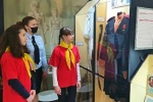 Полицейские Ейского района организовали для учащихся школ экскурсию в музей