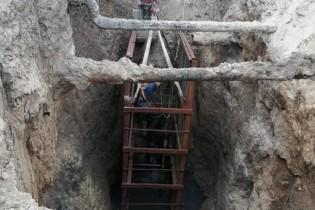 ГУП КК «Кубаньводкомплекс» выполняет ремонтные работы на одном из ключевых участков канализационной сети г. Ейска