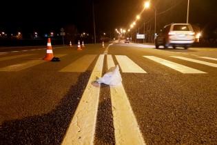 В Ейске в темное время суток автомобиль сбил пешехода на переходе