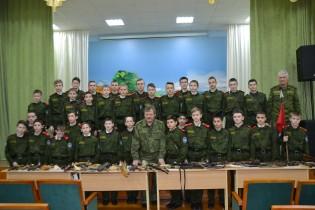 Выставка «Мир оружия с Николаем Глиняным»
