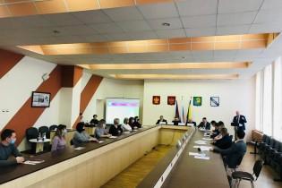 Молодые   депутаты  обсудили инновационные  формы  аграрного  бизнеса